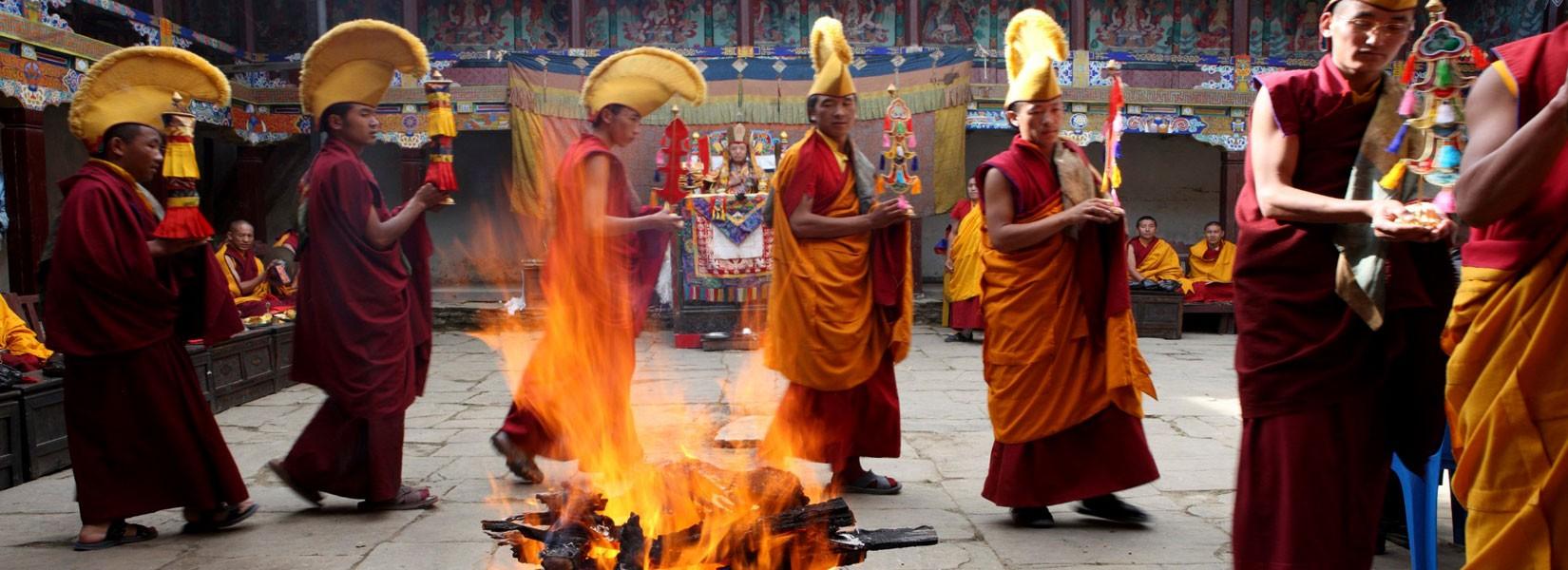 Mani Rimdu Festival with EBC Trek